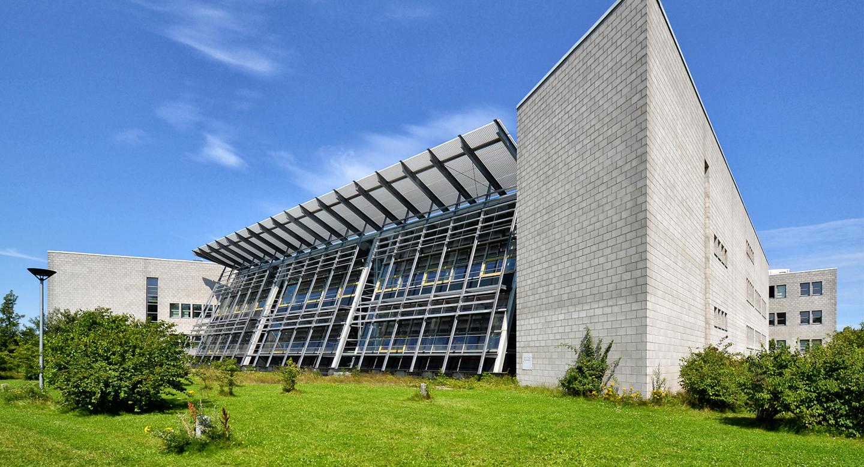 Gebäudeansicht Hauptabteilung Universitätsbibliothek